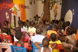 150 000 FCFA /230€ Vous offrez une animation autour du livre pour 30 enfants dans une Mini-Bibliothèque